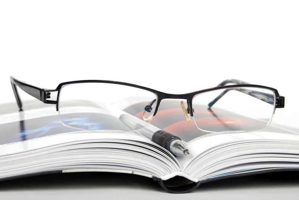 Przykład okularów z antyrefleksem Białystok
