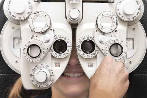 Badanie wzroku pod soczewki kontaktowe